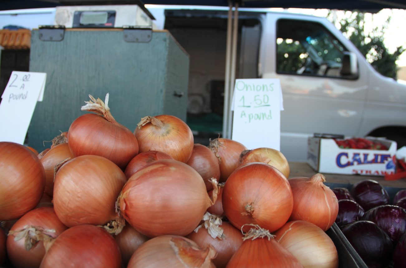 Lincoln Heights Onions Farmers Market